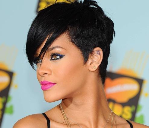est Rihanna datant 2013 la meilleure application de rencontres pour iPhone