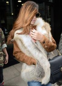 (Rolling stone 2013) RIHANNA QUITTE NEW-YORK AVEC UNE NOUVELLE COIFFURE ET UNE NOUVELLE COUVERTURE DE MAGAZINE SEXY