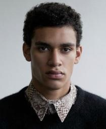12. SIMON PAUL. 20 ans. Originaire de Berlin. Mesure 1,88m.