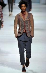 18. THIAGO SANTOS. Brésilien. A travaillé pour Hermès, Agnès B, British Colony.
