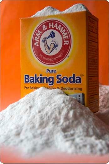 BICARBONATE DE SOUDE : POUR SOIGNER TOUS LES MAUX AINSI QUE L'ESTOMAC ET LES CHEVEUX (baking soda)