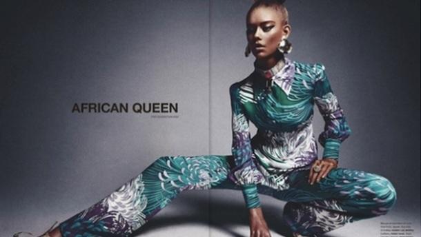 """UNE FILLE BLANCHE MAQUILLEE EN NOIRE POSE EN COUVERTURE D'UN MAGAZINE EN TANT QU' """"AFRICAN QUEEN"""" : Ondria Hardin"""