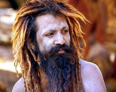 L4HOMME QUI PUE LE PLUS AU MONDE EST UN INDIEN QUI NE S'EST PAS LAVE DEPUIS 28 ANS : kailash singh