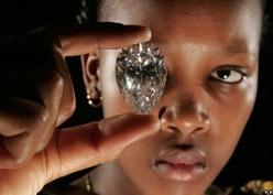 LA RUSSIE ET LA CHINE PRENNENT LE CONTROLE DES DIAMANTS AU ZIMBABWE