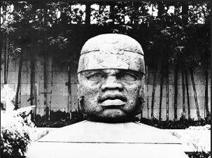 QUI A VRAIMENT DECOUVERT LES AMERIQUES ? CERTAINS DISENT QUE DES NOIRS ETAIENT LA AVANT COLOMB - têtes pré-colombiennes d'inspiration africaine