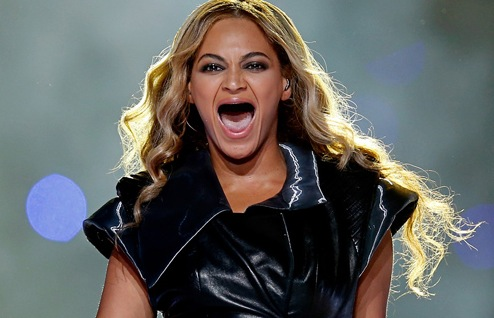 Beyonce without teeth - sans dents