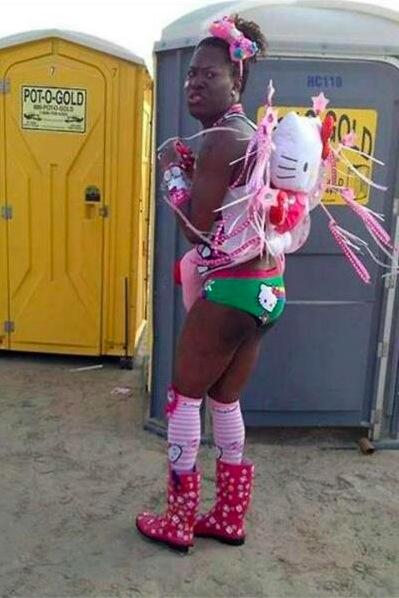 Un homme sexy pour le carnaval