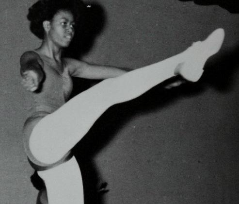 MICHELLE ET BARACK OBAMA AVEC UNE COIFFURE AFRO + jeune + danse classique