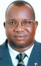 Simon Lokodo, ancien prêtre, ministre ougandais.