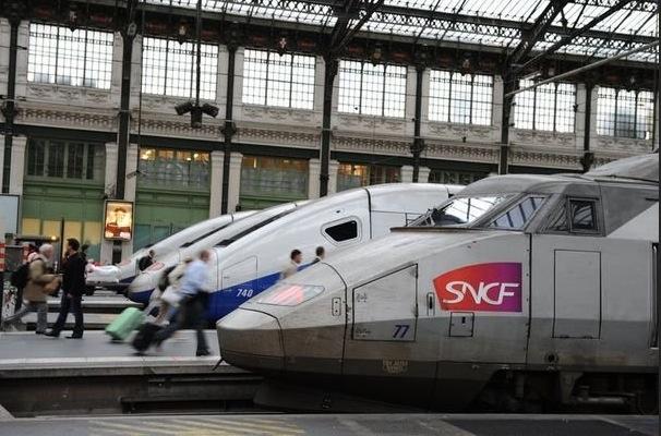 A LA SNCF LES NOIRS ET LES ARABES NE SONT PAS LES BIENVENUS FACE A ISRAEL
