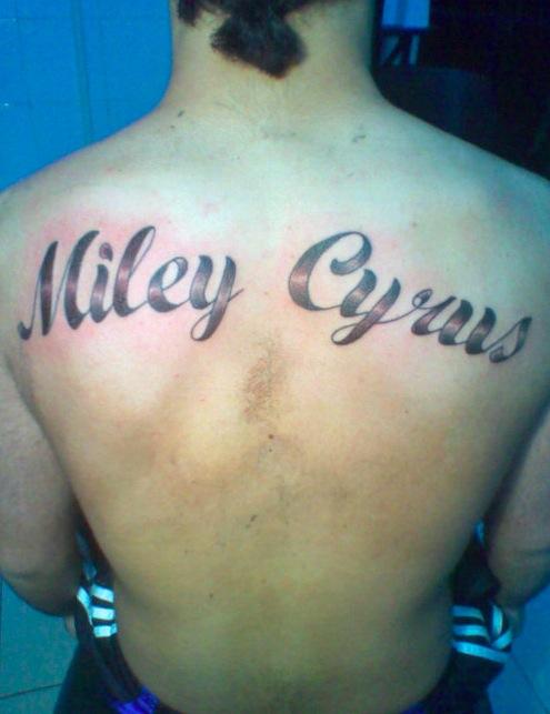 2. Tatouage Miley Cyrus