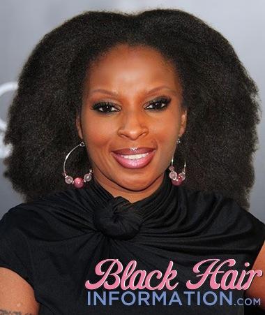1. Mary J. Blige avec ses cheveux naturels - natural kinky hair