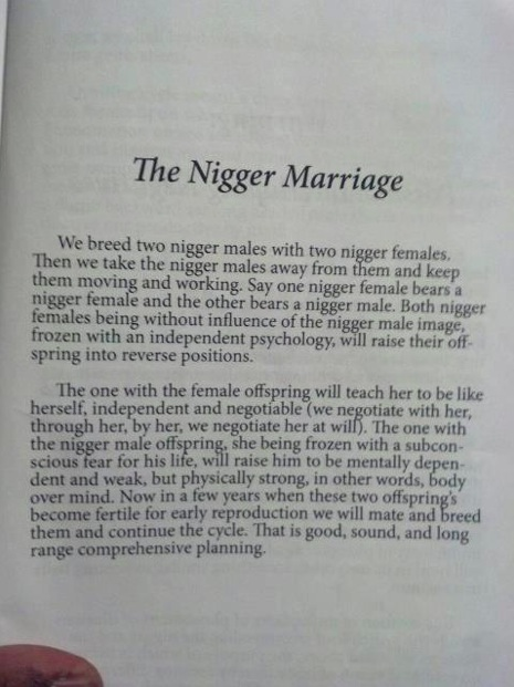 """Des écrits rapportent encore à ce jour dans les nouvelles parutions les méthodes de """"cassage"""" de Willie Lynch, à commencer par le fait d'arriver à séparer les noirs ente eux."""