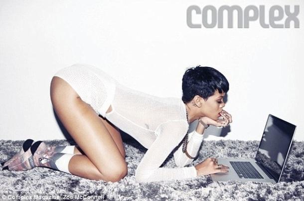 LES FEMMES LES PLUS SEXY AU MONDE POUR L'ANNEE 2013 : Rihanna la numéro UN