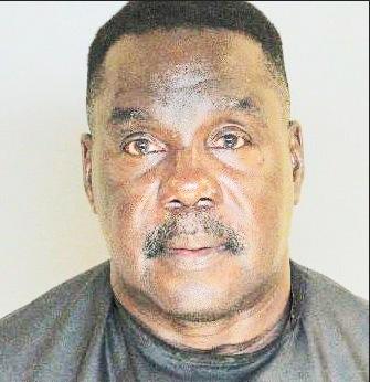 Le pasteur Larry Durant, 58 ans, a abusé de jeunes filles mineures rencontrées dans son église.