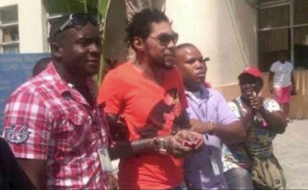 VYBZ KARTEL HOSPITALISE, LES CONDITIONS DE SA DETENTION NE SONT PAS REMISES EN QUESTION (+ sa coiffure bizarre)