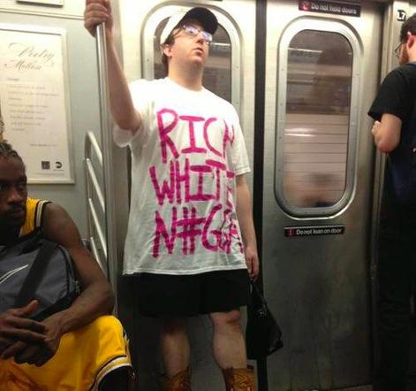 Tee shirt : rich white nigga (négre blanc)