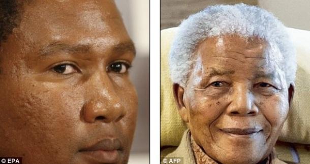 Mandla Mandela à gauche, Nelson Mandela à droite.